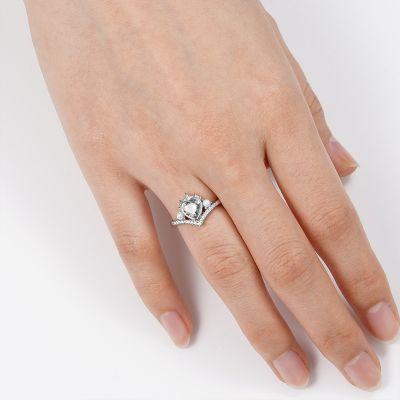 Heart-shaped V Ring